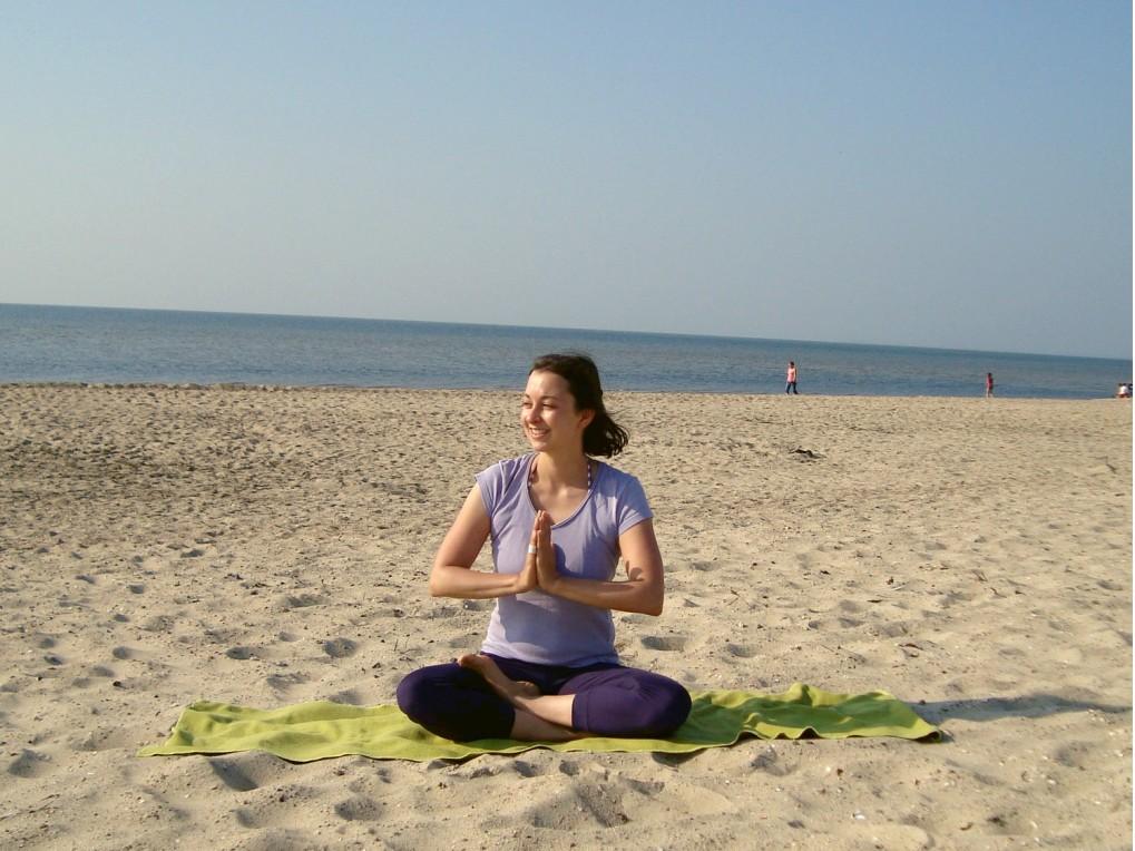 Yogastern am Strand