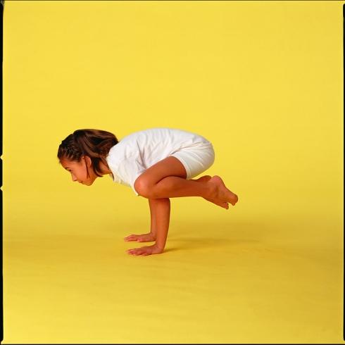 Yogaübung: Die Krähe