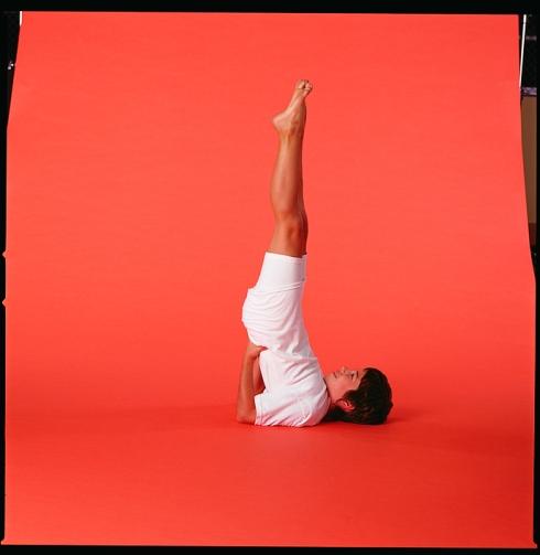 Umkehrhaltung beim Yoga: Schulterstand