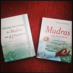 Mudras. Yoga für die Hände