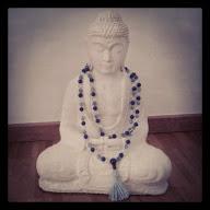 Buddha mit Mala
