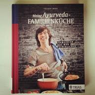 Buchcover Meine Ayurveda-Familienküche von Volker Mehl