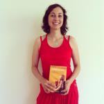 Yogastern mit Dalai Lama Buch