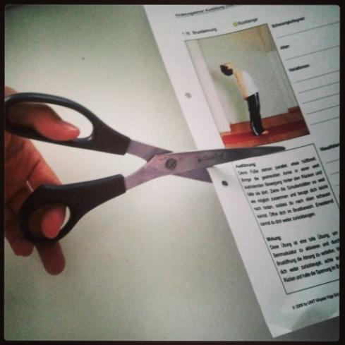 Ausschneiden für Yogakarte